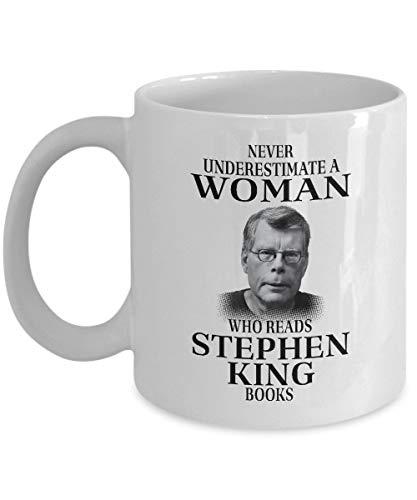 Thorea Ne sous-estimez jamais une femme qui lit les livres de Stephen King Mug Blanc